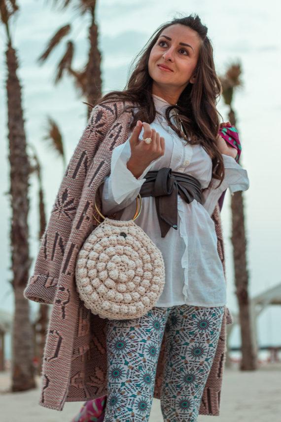 Miss Polyplexi Nafsika Ivory Tote Bag